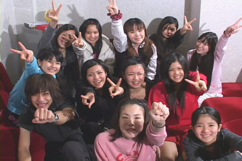 1993年、「沖縄タレントアカデミー」に入学
