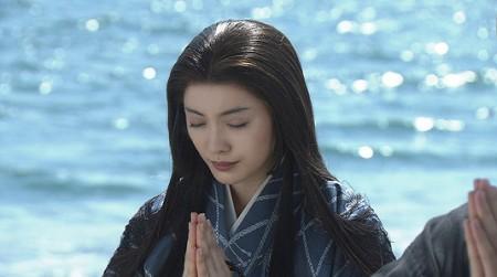 2005年大河ドラマ『功名が辻』に山内一豊(上川隆也)の妻の山内千代(見性院)役で主演