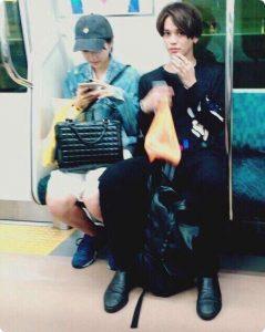 武田玲奈さんとモデルのバトシンさんとの2ショット写真