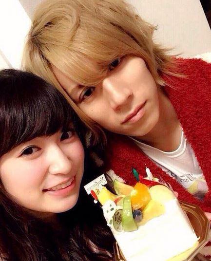 有本祐さんと吉田朱里さんとの2ショット写真