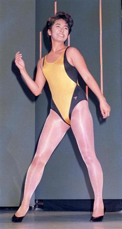 蓮舫さんは、大学在学中に1988年音響機器メーカーのキャンペーンガール「クラリオンガール」に選ばれます