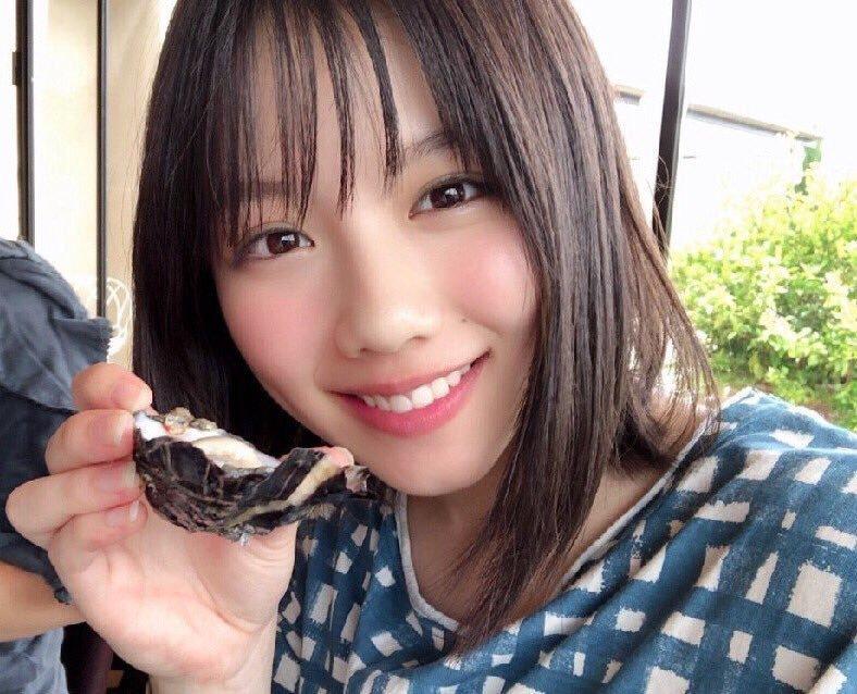 渡邉美穂の写真集『陽だまり』水着画像がかわいい!胸はCカップ